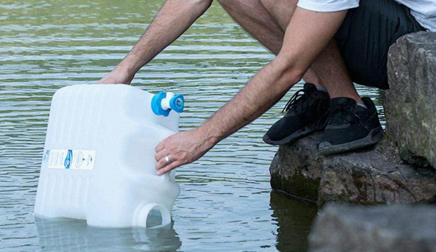 Almacenamiento de agua en casa para casos de emergencia